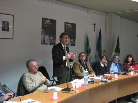 Flavio Delbono al Quartiere Porto - Incontro Welfare Lavoro Coesione Sociale